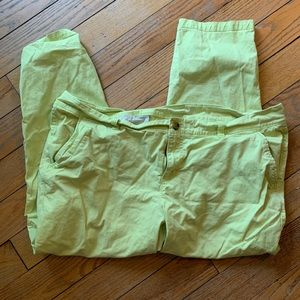 Old Navy Pixie Ankle Pants - 18